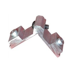 Aluminium 27mm Corner Cleat