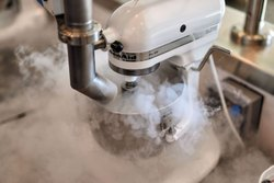 Neil Nitrogen Ice Cream Machine