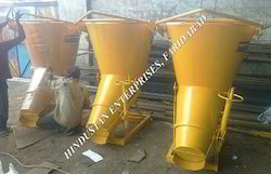 Side Discharge Banana Funnel Concrete Bucket