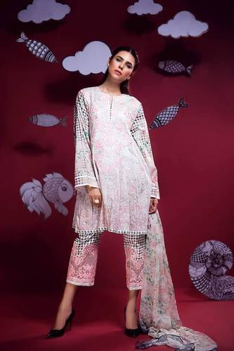 1cb2fb1cfa Pakistani Wedding Suits, Lawn suit, पाकिस्तानी लॉन ...
