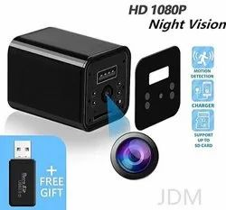 Night Vision HD 4K - USB Wall Charger Camera