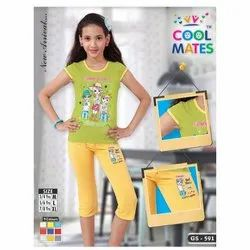 Round Casual Wear Fashionable Girls T Shirt With Half Pant