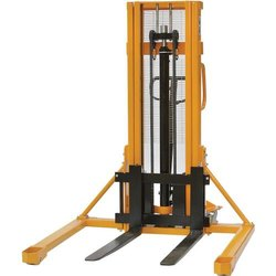 Straddle Leg Hydraulic Stacker