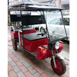 Battery Operated E-Rickshaw With Solar Panel