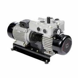 Cast Iron Dry Vacuum Pump, Electric, Floor / Permanent