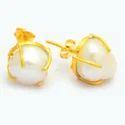 Nanplanetsilver Round Pearl Gold Plated Prong Set Stud Earrings, Size: 10-12mm