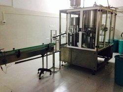 Electric Mild Steel Filling Machines, Capacity: 0-500 pouch per hour, for Industrial