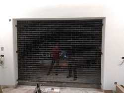 Chain Link Rolling Shutter