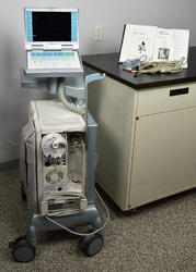 Hospital ICU Ventilator