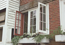 Casement Windows Swing Open Like A Door To Provide Superior Ventilation And  Easy Operation. Suitable For Many Home Styles, Casements Shut Tightly And  ...