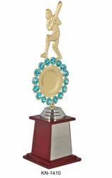 KN-1410 Cricket Trophy