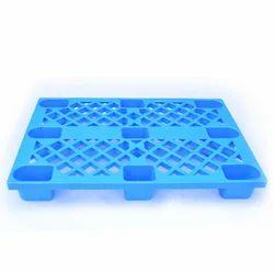 Blue 4 Way Entry Plastic Pallet, Capacity: 100-200 Kg