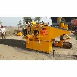 Concrete Slipform Kerbing Machine