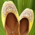 Peacock Kardana Bridal Punjabi Jutti