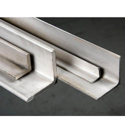 Stainless Steel Angle, Size: 20 to 250 mm