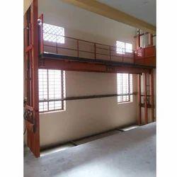 Long Platform Material Handling Goods Lift, Capacity: 4 ton