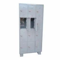 Key Lock Floor Mounted Stainless Steel Locker, for banks and school