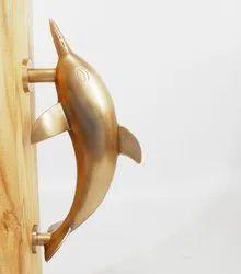 紧握海豚手柄,为家,材料:黄铜