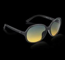 5912461b899 Fastrack Girls Plastic Black Bug Eye Sunglasses - P361YL1F
