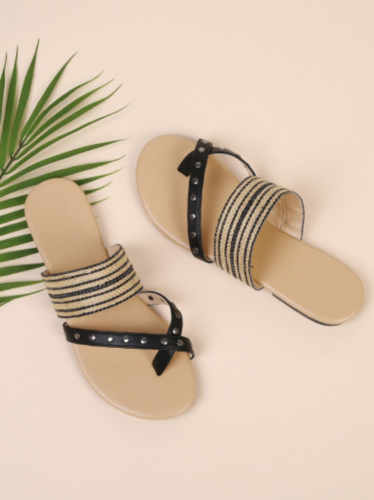 e425cda571e Latest design women footwear, Women Flat Sandals, महिलाओं ...