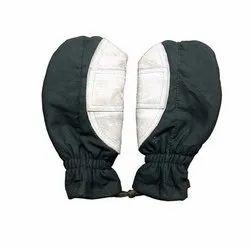 Adventure Zone Dark Green And White Mitten Gloves