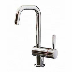 Swan neck tap