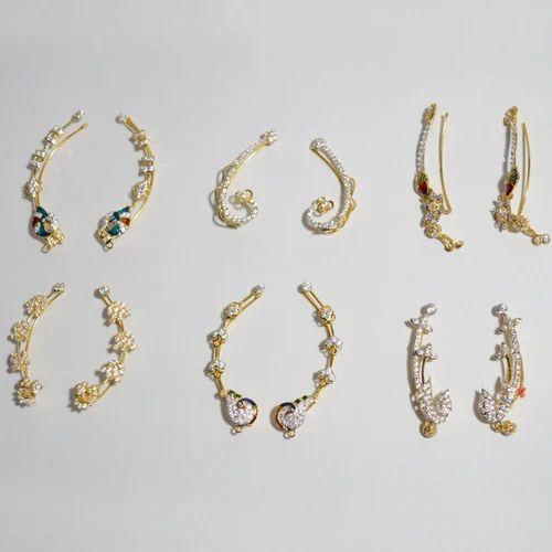 Arts N Jewels Golden Kaanwhale Gold Ear Cuff