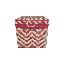 Lavanya Art And Crafts Knitted Iron Box