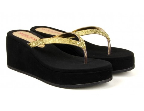 a68a573d0 Balujas Madison Avenue 1071 Wedge Heel Golden Chappal at Rs 1099 ...