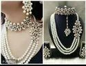 Ladies Fashionable Beaded Necklace With Earrings