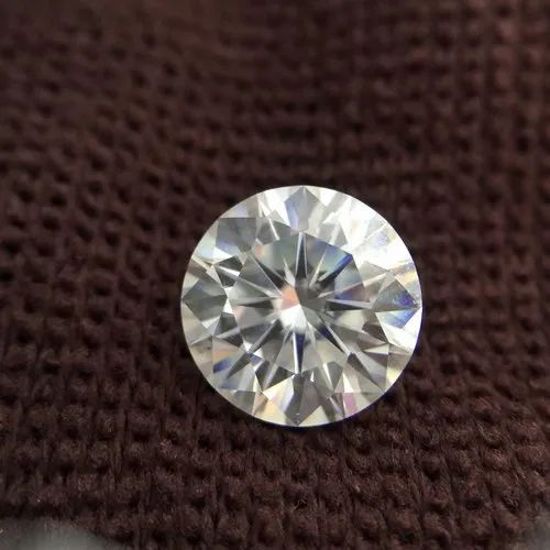 DEF White Colorless Round Brilliant Cut Loose Moissanite