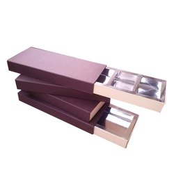 Plain Paper Chocolate Box