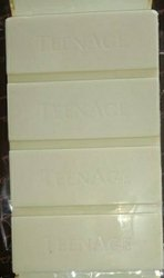 Teenage Bar White Chocolate Compound, Packaging Size: 10kg In Box