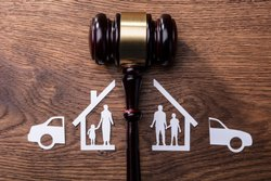 Family Lawyer Service