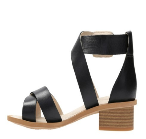 fef276eda Clarks Daily And Casual Sandcastle Ray Sandal