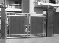Designer Stainless Steel Gate At Best Price In India