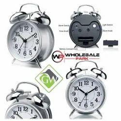 Vintage Alarm Clock (Silver)