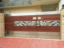 Stainless Steel And Wooden Gate