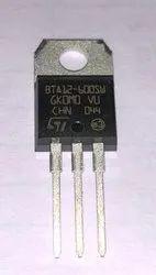 Triacs 12 Amp 600 Volt BTA12-600SWRG STM