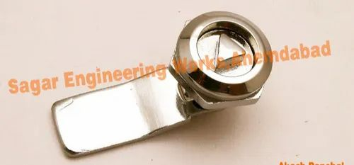 Zinc DIe Casting Sagar Engineering Works Triangle Die Cast Panel Lock, Chrome, For Electrical Panel Board