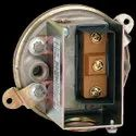 Dwyer Series 1900-5 Compact Low Differential Pressure Switch Range 1.40-5.5 W.C