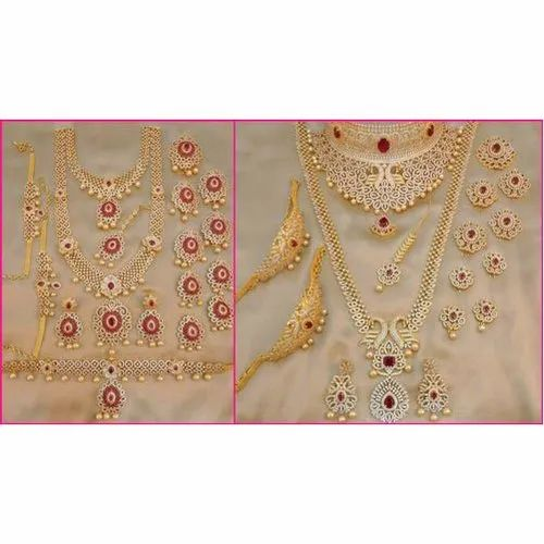 246765cac Wedding Wear South Indian Bridal Jewellery Set, Packaging Type: Box ...