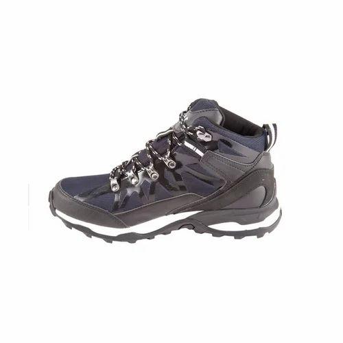 Wildcraft Black unisex trekking shoes