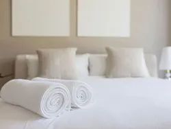 White Cotton Hotel Towels