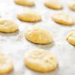 Potato Cheese Wafers