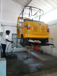 Three Wheeler Washing Lift with Y Type Platform