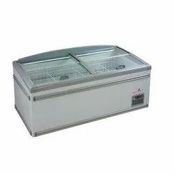ISD 2500 Island Freezer