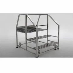 3-4 Feet Stainless Steel Ladder, For Construction