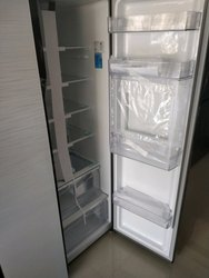White Samsung Refrigerator, For Domestic, Model Number: RS55K52A01J