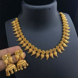 V S Jewells Traditional Gold Antique Necklace, Packaging Type: Box